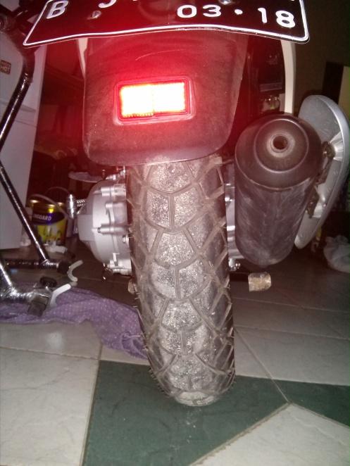 Michelin M45 belakang