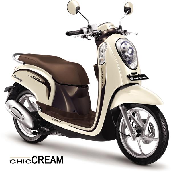 Scoopy FI Chic Cream