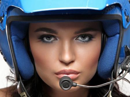 Perhatian..perhatian, gunakan selalu helm ya...