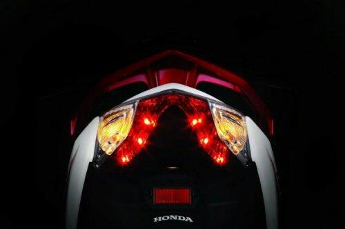 wpid-2013-Honda-Air-Blade-LED-Tail-Lights-600x398.jpg
