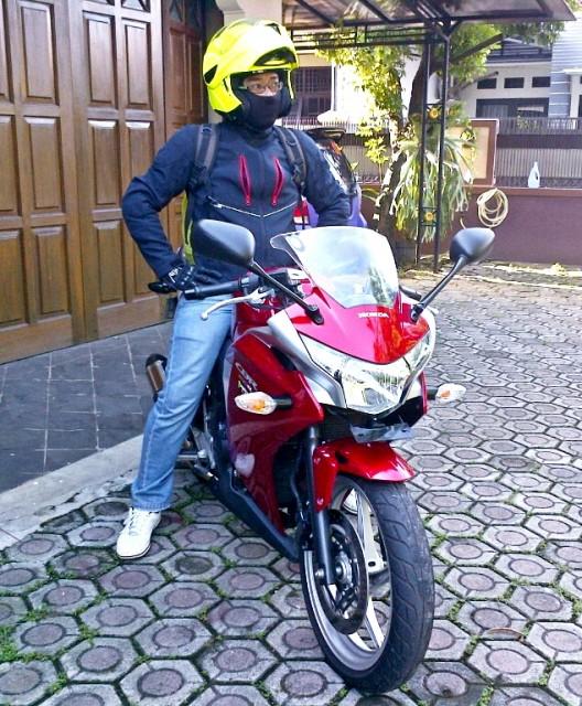saat test ride cbr 250R