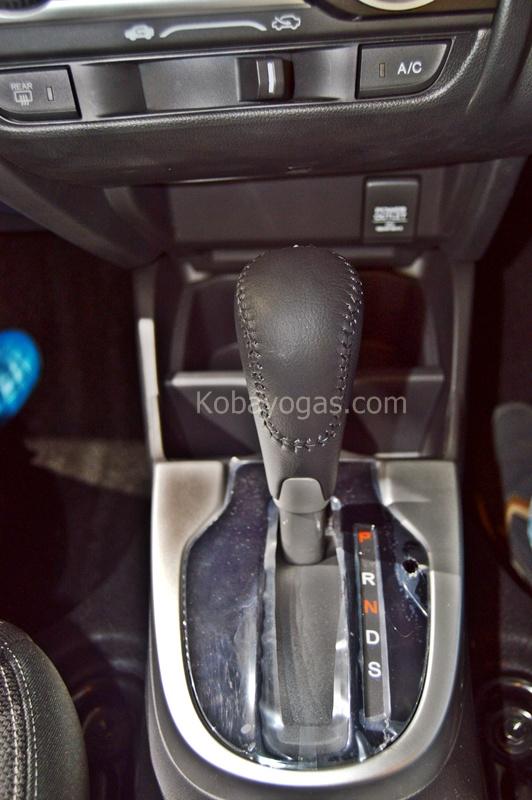 93 Koleksi Gambar Nyetir Mobil Honda Jazz Gratis