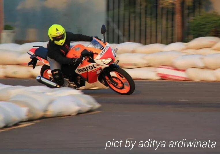 Harga Yamaha R15 Dibanderol Rp 28 Juta OTR Jakarta, Buruan