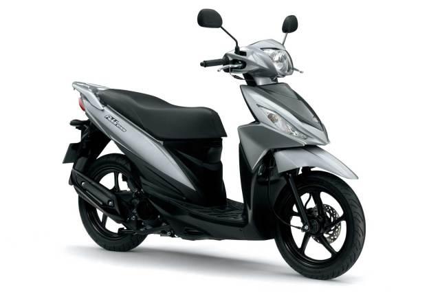 2015-Suzuki-Address-110-010