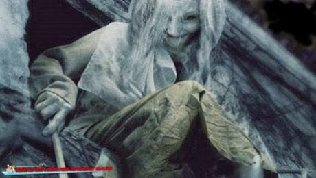 hantu nenek lampir 2