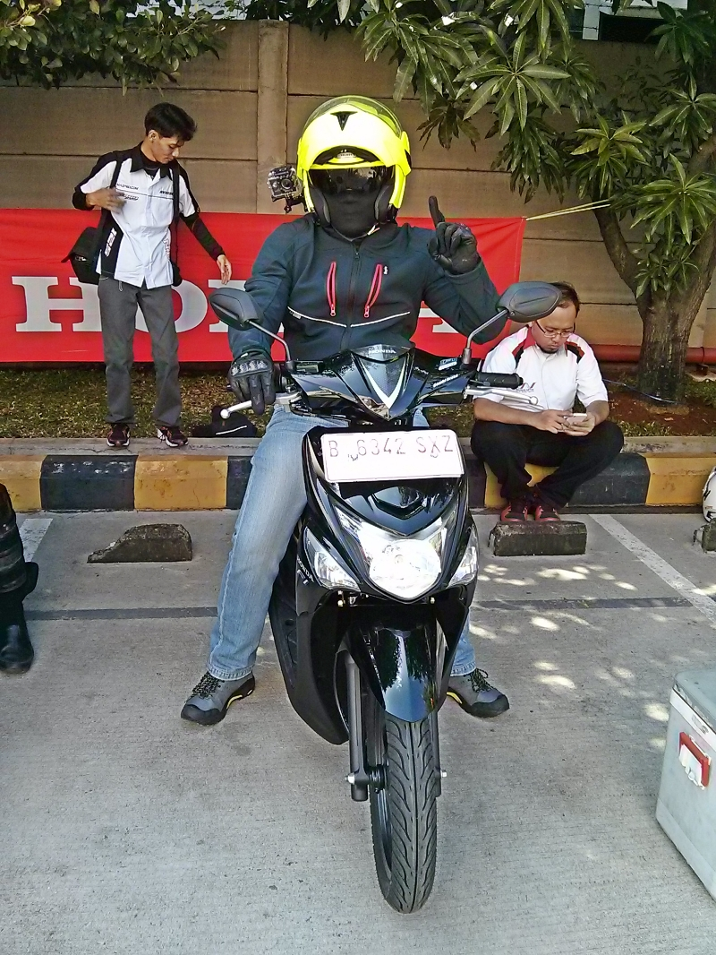 Official Test Ride Honda Beat ESP ISS