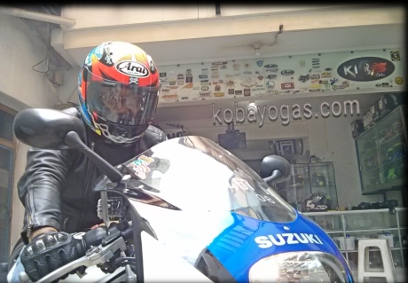 Test Ride Special Rare Bike Suzuki RGV 250 SP VJ23 - Video - Motor Yang Bikin Ketagihan...