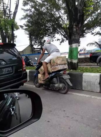 motor akrobat