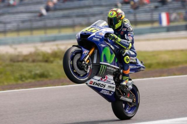 rossi win wheelie