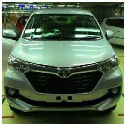 toyota-avanza-facelift-2015-warna-silver