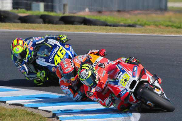 iannone vs marquez vs rossi