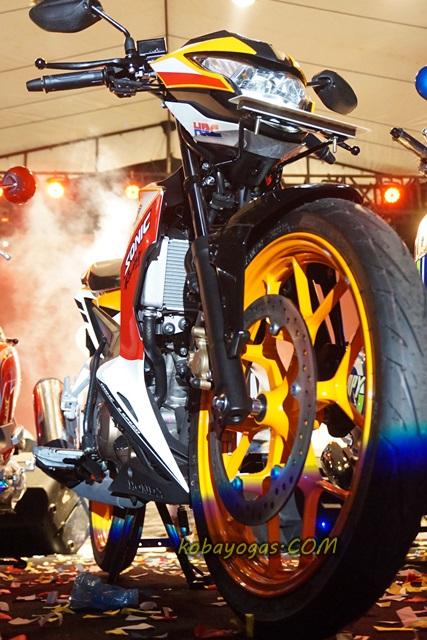 Gambar Modifikasi Sonic Repsol Foto Foto Honda Sonic 150 Repsol Edition Memang Terlihat Lebih