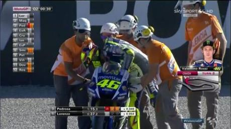 rossi crash di valencia 1