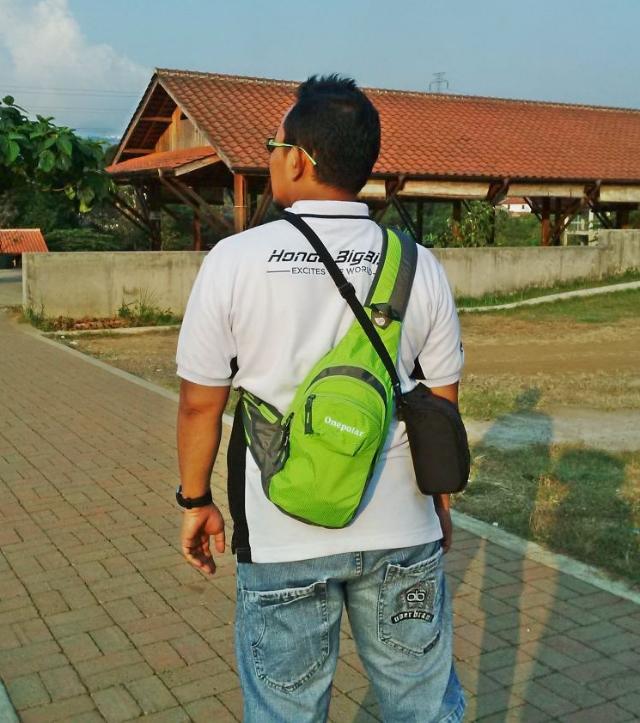 Onepolar Cross Body Bag