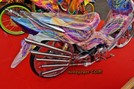 ban cacing ciri khas thai look