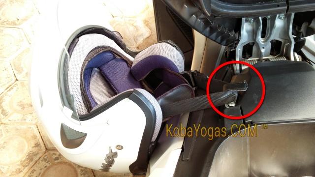 gantungan helm yamaha nmax 1