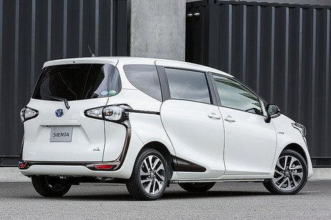 New Toyota Sienta silver