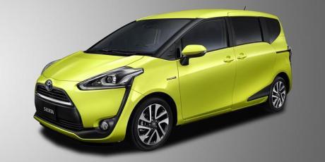 Toyota Sienta Yellow