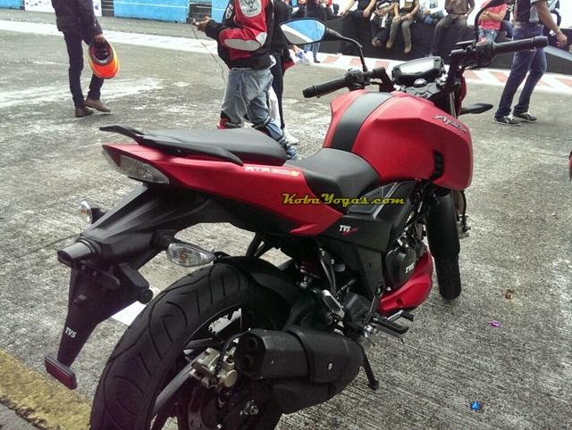 TVS Apache RTR200 red doff 2