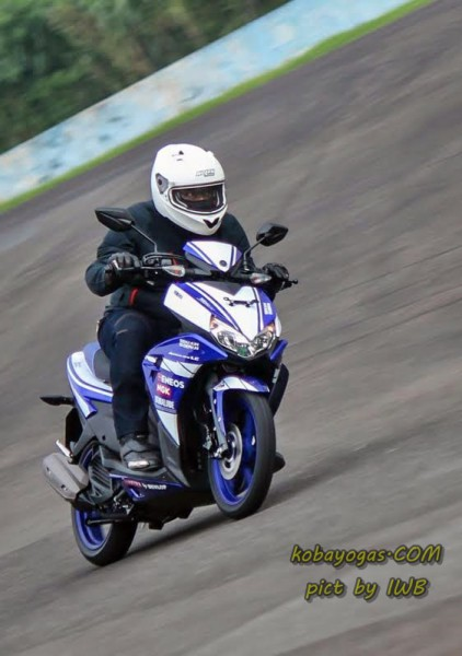 test ride yamaha aerox kobayogas 4