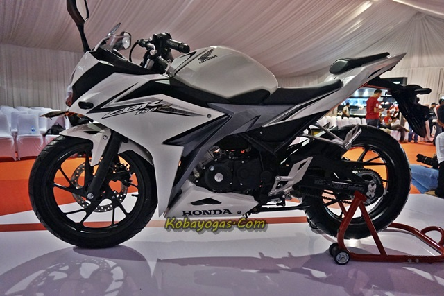All New CBR150R 2016 putih