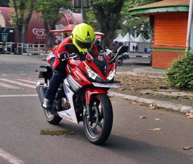 test ride all new CBR150R 2016 3