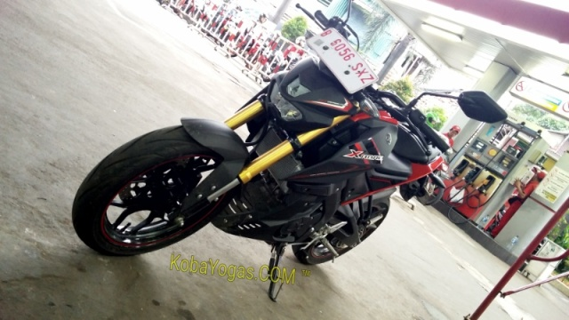 Yamaha Xabre Black Red Kobayogas