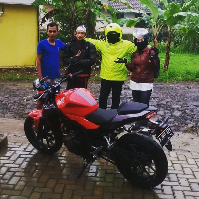 New Honda CB500F merah turing