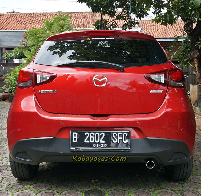 all New Mazda2 belakang