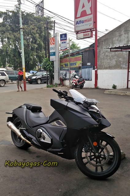 Honda Vultus NM4 750 2 silinder